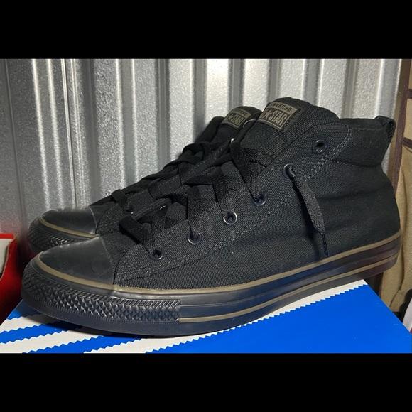 Converse Chuck Taylor Mid Black Size 12 NEW